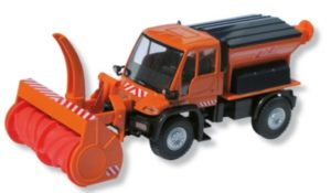WINTER SERVICE VEHICLE UNIMOG Image
